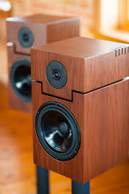 about vintage audio gear and audiophile vinyl records speakers