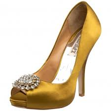 wedding shoes gold bold wedding shoes for your white wedding