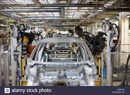 bmw factory robots robots car factory stock photos u0026 robots car factory stock images