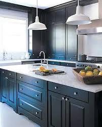 comment repeindre une cuisine en bois peindre une cuisine en bois comment cuisine en repeindre sa