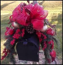 Upscale Christmas Decorations Outdoor by Best 25 Christmas Mailbox Decorations Ideas On Pinterest