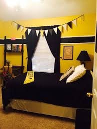 Bedrooms And More by Harry Potter Hufflepuff Bedroom Home Pinterest Harry Potter