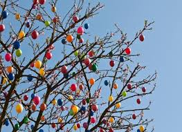 Easter Tree With Decorations easter egg trees tradition u2013 happy easter 2017