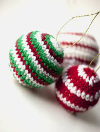 Amigurumi Christmas Ornaments - crocheted christmas ornaments baubles free pattern crochet