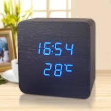 horloge sur le bureau en bois reveil horloge de bureau achat vente en bois reveil