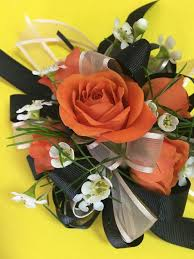 Prom Corsages And Boutonnieres Getting Ready For Prom 2017 Don U0027t Forget Your Corsages And