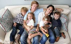 chip gaines net worth fixer upper s joanna gaines net worth career and salary also