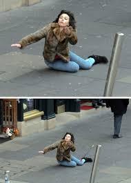 Scarlett Johansson Falling Down Meme - o meme de scarlet johansson figuras e figurinos