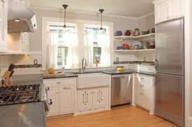 bungalow kitchen ideas 8 craftsman bungalow kitchen remodeling ideas 1920s craftsman