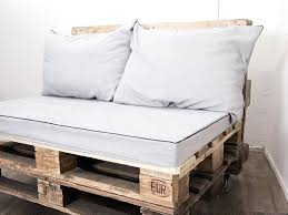 mousse d assise pour canap coudre housses de coussin pour canape en palettes mousse pour assise