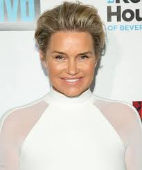 yolanda foster s hair style yolanda foster purges her old clothes for a new year s closet