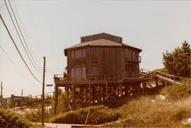 earl combs octagon house fire island pines architecture pink