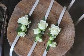 boutonniere mariage une saison mariage fleurie ambiana