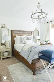 How To Decorate A Guest Bedroom One Room Challenge Classic Blue And White Guest Bedroom Reveal
