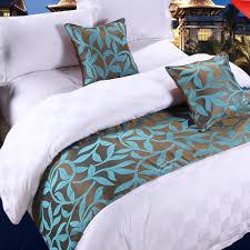 cool bed runner tips for choosing best bed runner u2013 hq home