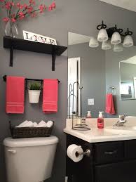 bathroom decor ideas on a budget extraordinary best 25 small bathroom decorating ideas on