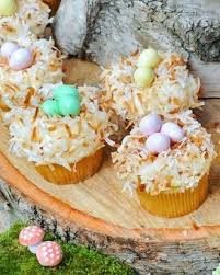 Easter Cupcake Decorations Martha Stewart by 81 Best Holiday Cupcake Decorating Ideas Images On Pinterest
