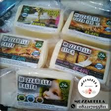 makanan enak berbau keju keju mozzarella halal bandung