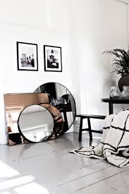 miroir pour chambre adulte quel miroir dans une chambre d adulte contemporaine