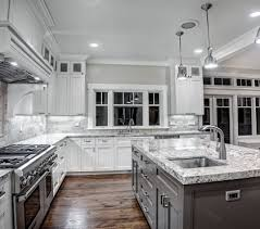 Modern Oak Kitchen Designs  Trendy Wood Finish In The Kitchen - Modern kitchen white cabinets