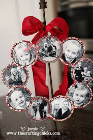60 of the best christmas decorating ideas photo wreath homemade
