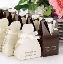 cheap wedding guest gifts 33 awesome wedding favors for your guests amazing cheap wedding
