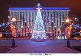 retama park christmas lights bushes at night stock photos bushes at night stock images alamy