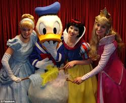 Makeup Artist In Orlando Fl Ex Disney Princess Snow White Gives Behind The Scenes Insight At