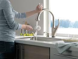 Delta Leland Kitchen Faucet Reviews by Delta Faucet 9192t Sssd Dst Addison Single Handle Pull Down