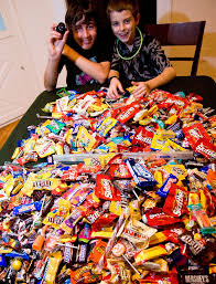 25 interesting and scary facts about halloween candy you u0027d better