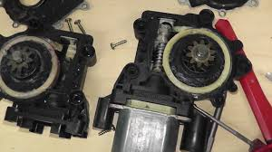 bmw e36 front drivers window motor repair part 1 youtube
