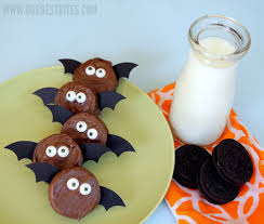 How To Make Bats For Halloween by 20 Easy Halloween Snacks Nutter Butter Bats And Butter