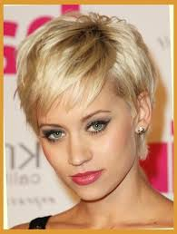 pictures on short hairstyles for women with fat faces cute