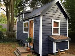 240 sq ft tiny house in seattle 001 house plans pinterest