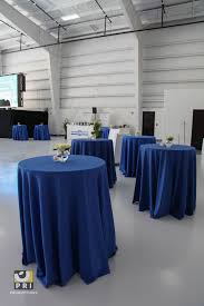 navy blue table linens blue and white table linens wedding tips and inspiration