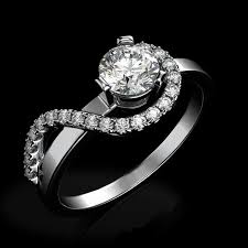 wedding rings women why do women traditionally wear engagement rings instead of men