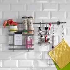 cuisine pratique et facile 66 trucs astuces qui fonctionnent pour aménager une cuisine