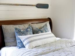 Beach Bedroom Colors by Your Guide To A Dreamy Nautical Bedroom Hgtv U0027s Decorating