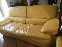 canape jaune cuir achetez canapé cuir 3 places occasion annonce vente à limeil