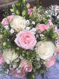 Wedding Flowers Essex Prices Wedding Flower Trends For 2017 18 From Essex Florists