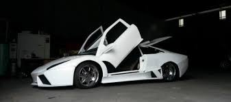 auto bid on ebay awful lamborghini reventon replica fetches 28 000 bid on ebay