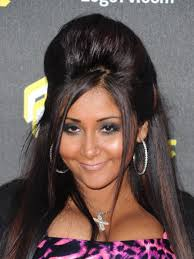 hair with poof on top 17 popular hairstyles you ll remember from the 2000 s onedio co