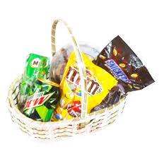 small gift baskets send fruit and gift baskets seasonal basket small gift to pakistan
