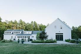 Barn Weddings In Maine The Wedding Barns Of Maine