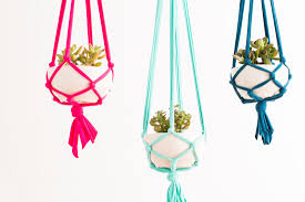 make these macrame hanging planters in 30 minutes macrame