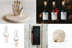 s day gift guide what to buy your family friends