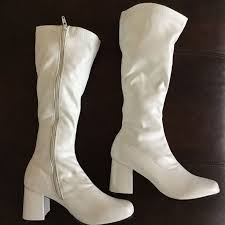 s boots best 25 white gogo boots ideas on go go boots