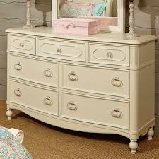 Legacy Changing Table Legacy Classic Harmony 7 Drawer Dresser In Antique Linen White