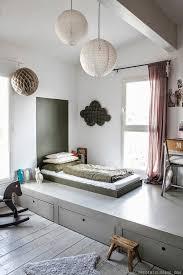 chambre estrade la chambre estrade astuce pour petit espace espaces minuscules