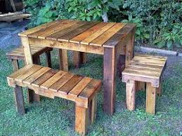 How To Make A Round Wooden Picnic Table by The 25 Best Pallet Picnic Tables Ideas On Pinterest Picnic